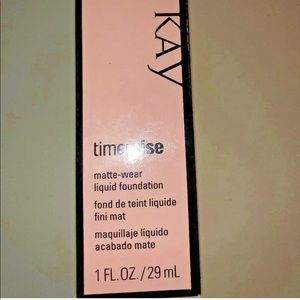 Mary Kay TimeWise Matte Liquid Foundation Ivory 2